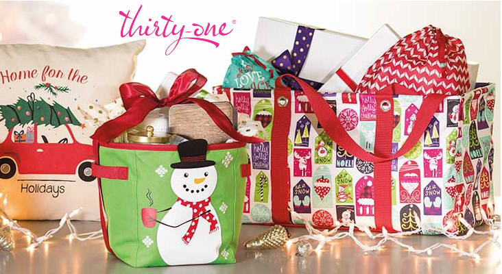 Thirty One Gifts Retro Metro Fold Over Is Perfect For Holiday Ping Trips Why You Ll Love It The Can Be Worn As A Shoulder Bag Or